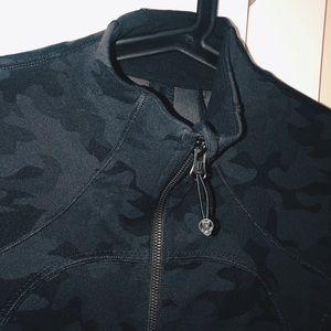 Lululemon camo (grey) define jacket